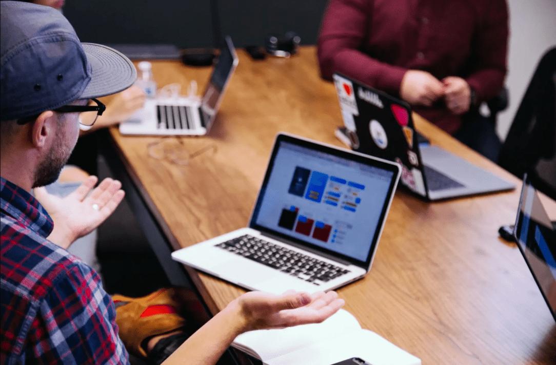 advantages of e-learning platform